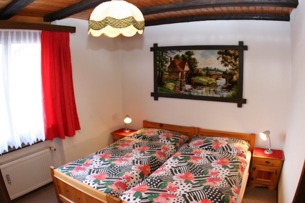 schlafzimmer-wohnung-soleil-ii